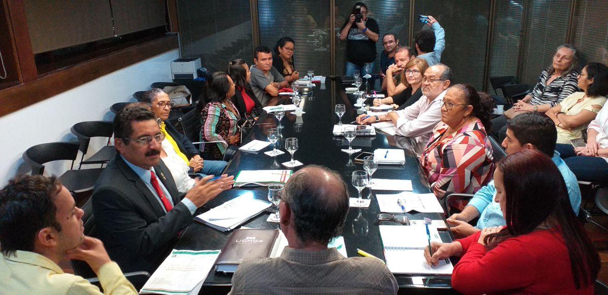 Sinsempece participa de reunião com representantes do Governo