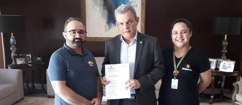 Sinsempece entrega manifestações para governador do Estado em exercício